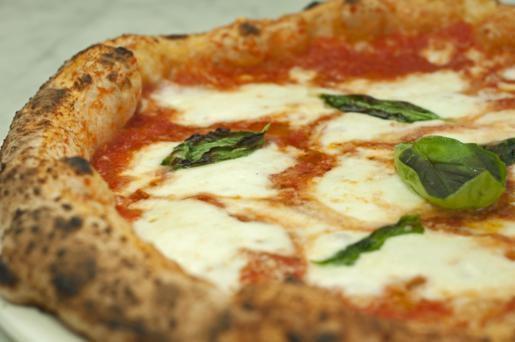 pizza-margherita-olio&pomodoro